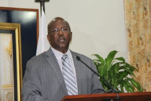 Deputy Prime Minister Calls on People to Hold a Level Head --- said Prime Minister Refused to deal with the Decision of the Majority of Ministers.
