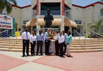 Wreath laid on the occasion of Dr. A.C. Wathey 91st birthday